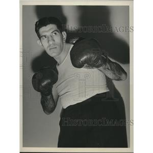 1942 Press Photo Robert Nathan boxed in competition, University of Pennsylvania