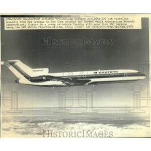 1975 Press Photo Eastern Airlines Whisper Jet Flying in the Air - nob00488