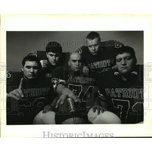 1993 Press Photo Jay Eckert and other John Curtis High School offensive linemen