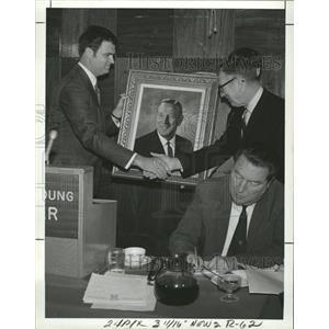 1971 Press Photo Johnny Wooden Of UCLA - RRQ00753