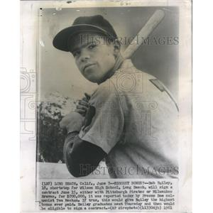 1961 Press Photo Bob Bailey to Sign Baseball Contract - RRQ04021