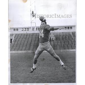 1960 Press Photo Ramiro Escandon Pioneer Quarterback - RRQ07771