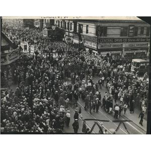 1927 Press Photo Fifth Street and Wisconsin Avenue After Lindbergh Parade