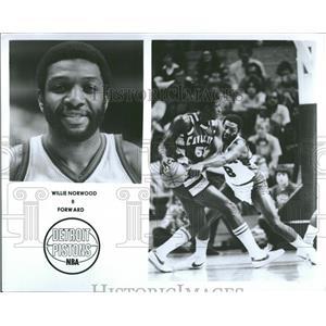 1977 Press Photo Willie Normwood Detroit Pistons - RRQ22393