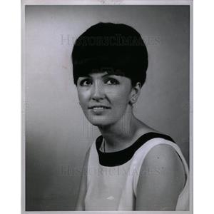 1967 Press Photo BERNICE METRY