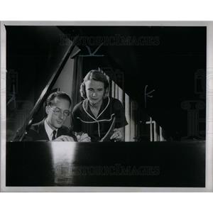 1951 Press Photo John Sweeney III & Mrs. T. R. Buttrick
