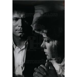 "1962 Press Photo Stephen Boyd in ""Lisa"""