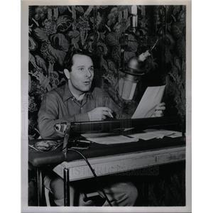1956 Press Photo Alexander Scourby Actor
