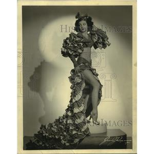 1942 Press Photo Tanya Beachcomber in fancy dress for a film or dance role