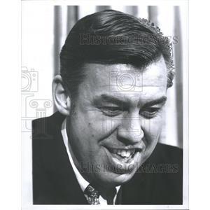 1969 Press Photo Dill Vanbredakolff Pistons Coach - RRQ57479