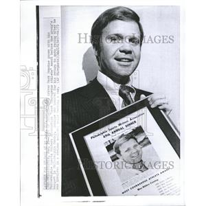 1973 Press Photo Most Courageous Athlete Award Donohue - RRQ63715