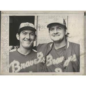 1973 Press Photo Atlanta Braves Pitcher Ron Schueler Dick Dietz New York Mets