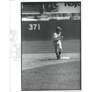 Press Photo Bud Harrelson Running Bases New York Mets - RRQ11155