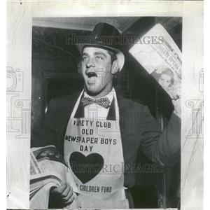 1953 Press Photo Ted Kluszwski Hallers Downtown Club - RRQ10295