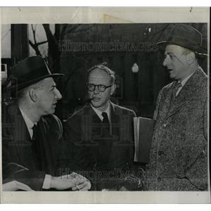 1950 Press Photo Frederick Vanderbilt Field Activist - RRW06125