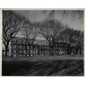 Press Photo Sypherd Hall Residence University Delaware