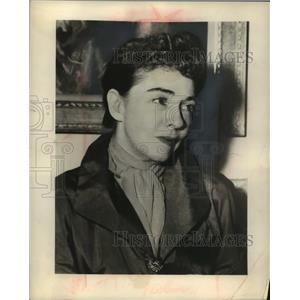 1951 Press Photo Veteran Actress Dorothy Gish - mjc22901