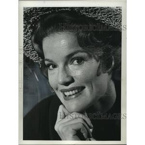 1963 Press Photo American actress, Miss Pippa Scott - mjc17642