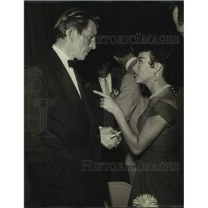 1954 Press Photo Mike Rennie and Rita Moreno