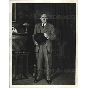 1948 Press Photo Thomas Mitchell stars in An Inspector Calls.