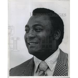 1970 Press Photo Packers' Lionel Aldridge, new College Athletic Supply Co. EVP