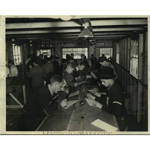 1939 Press Photo Douglas Aircraft Corporation Adds Thousands to Employment Rolls