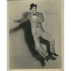 Press Photo Ray Bolger American Singer and Actor - lrx05975