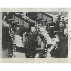 1933 Press Photo Legislators Japanese Diet Budget - RRX81081