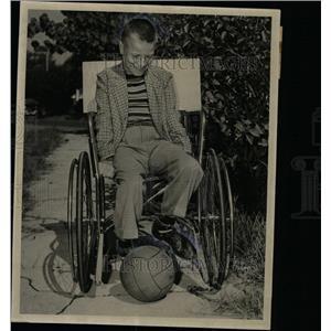 1949 Press Photo Billy Brower Kick football Palsied Boy - RRX65823