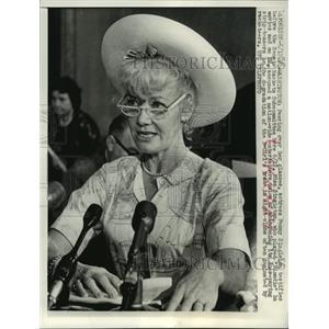 1962 Press Photo Actress Penny Singleton testifies before Senate, Washington