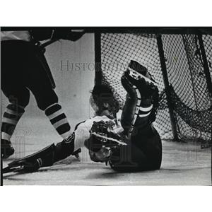 1972 Press Photo Goalie John Anderson goes down after heavy firing by Bobcats.