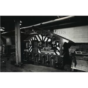 1993 Press Photo Chalet of Milwaukee Brewers mascot, Bernie Brewer in storage