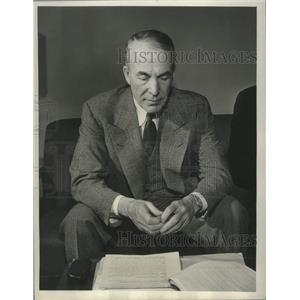 """1947 Press Photo Author Archibald MacLeish in """"The Son of Man"""" on CBS"""