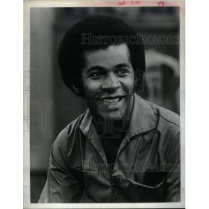1974 Press Photo Davis Clifton Actor - RRX34393