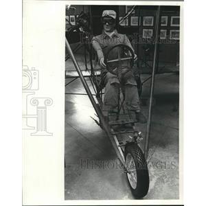 1976 Press Photo Makikin at the controls of a 1911 Curtis plane - mjc29820