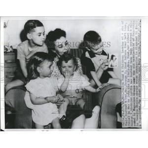 1946 Press Photo Major George Wood Family/WWII - RRV18971