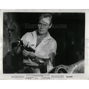 1956 Press Photo Richard Widmark Actor Run for the Sun - RRW83385