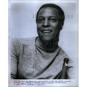 1969 Press Photo Leon Bibb American Film Actor Singer - RRX34577
