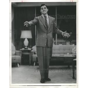 1956 Press Photo Comedian And Actor Danny Thomas - RRX89421