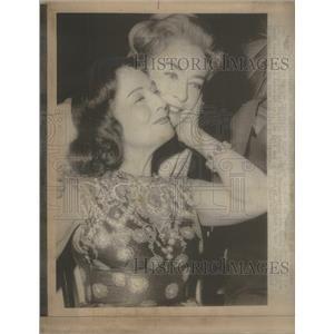 1971PressPhoto Paulette Goddard& Joan Crawford, Actress- RSA97901