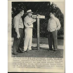 1948 Press Photo Branch Rickey of the Dodgers with Spencer Harris and Bud Holman