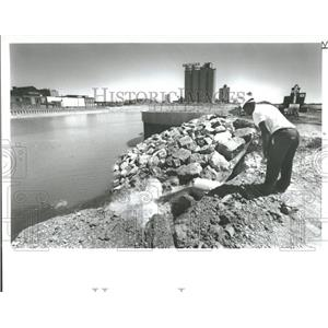 1988 Press Photo Marina Basin St. Aubin Park Detroit