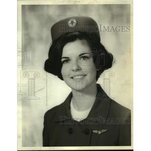 1966 Press Photo American Airlines employee with silver wings pin in New York