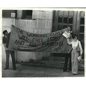 1978 Press Photo Members of Revolutionary Communist Party Show Banner