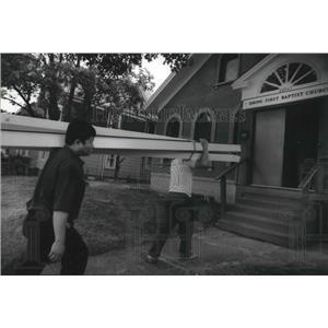 1993 Press Photo Hmong deacons refurbish home into Hmong First Baptist Church