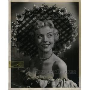 1953 Press Photo Pamela Britton actress Loralee Brown - RRX36423