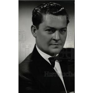 1946 Press Photo Lew Valentine Actor San Benito Texas - RRW82753
