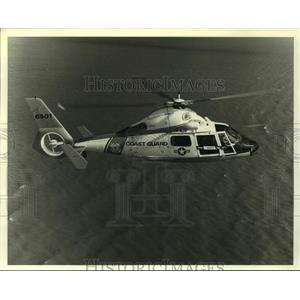 1988 Press Photo Coast Guard HH65A Dolphin Helicopter Flying, Alabama