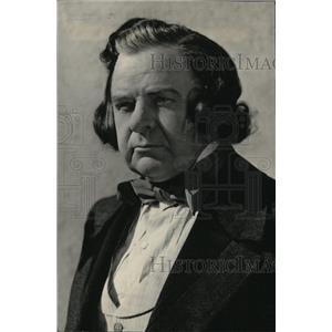 1940 Press Photo Actor Gene Lockhart - RRW95757