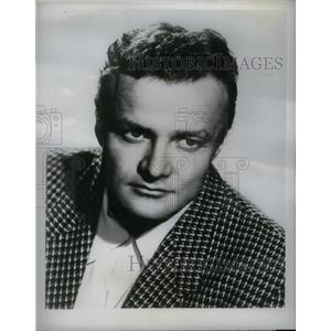 1955 Press Photo Actor Brian Keith Plays Prospector - RRX56771